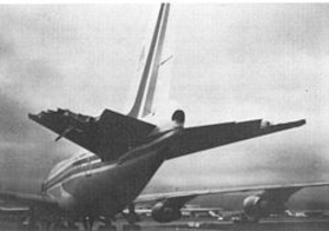 250pxdamaged_empennage_of_china_air